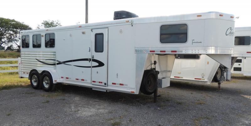 2006 Cherokee 7308 Horse Trailer