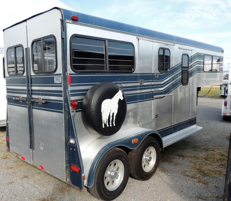 1988 Trail-Et 2 Horse Slant Load Horse Trailer