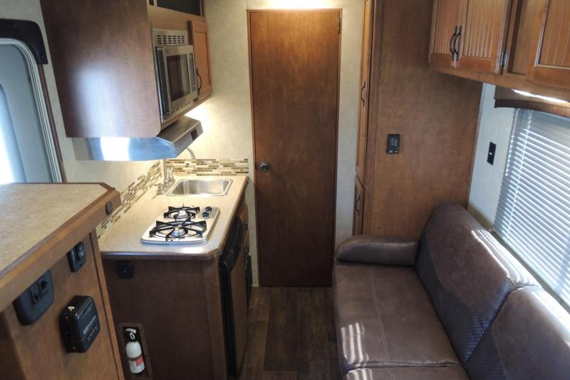 2015 Bison Trailers Trail Boss 7308 Horse Trailer
