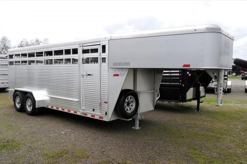 2019 Sundowner Rancher Express 20' DEMO Livestock Trailer