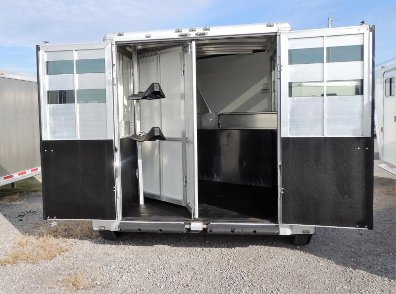 2015 Sundowner Super Sport Horse Trailer