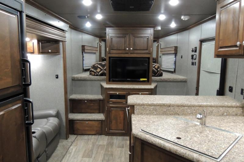 2019 Sundowner Trailers B2586GM Toy Hauler