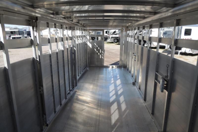 2020 Sundowner Rancher Express 24 Livestock Trailer