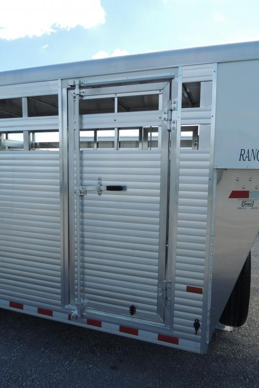 2019 Sundowner Rancher Express 20' Livestock Trailer