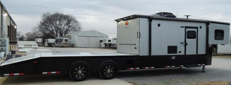 2020 Sundowner Trailers 22856KM Toy Hauler