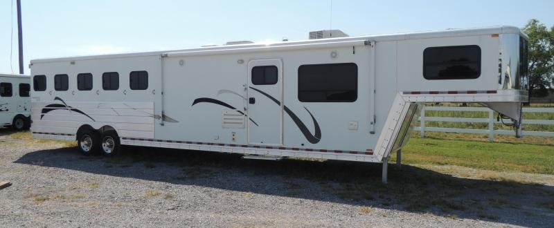 2008 Kiefer Built Genesis 8514 Slideout Horse Trailer