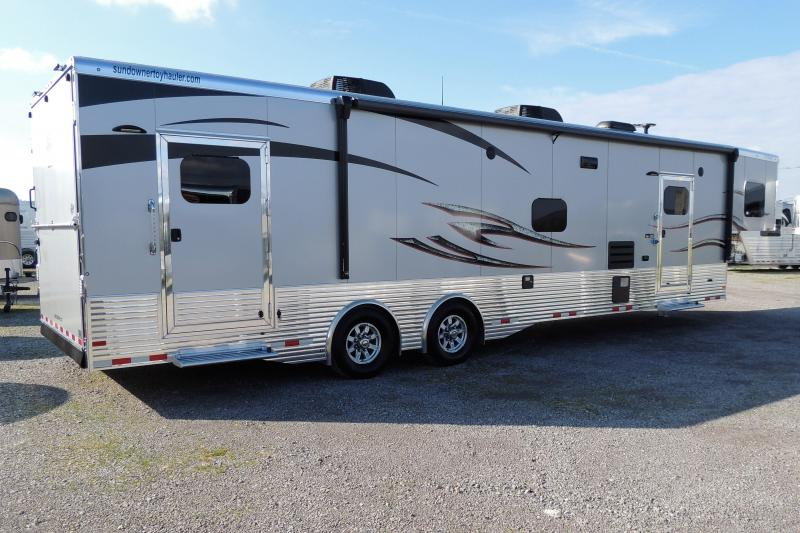 2020 Sundowner Trailers 3986OM 8' Tall Toy Hauler