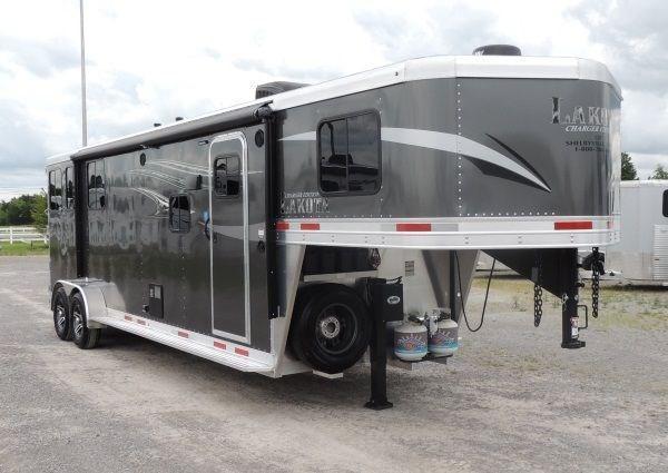 2020 Lakota Charger 309 Big Fridge Horse Trailer