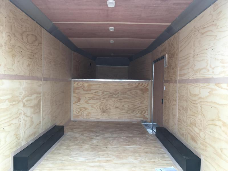 2020 United Trailers 8.5X22 Gooseneck Enclosed Cargo Trailer