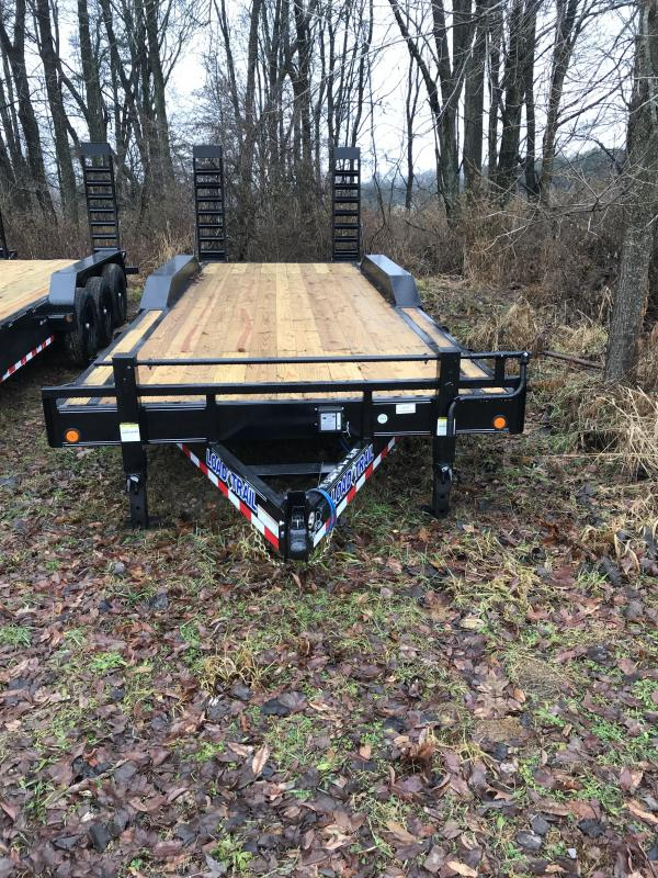 2020 Load Trail CH0224073 Equipment Trailer