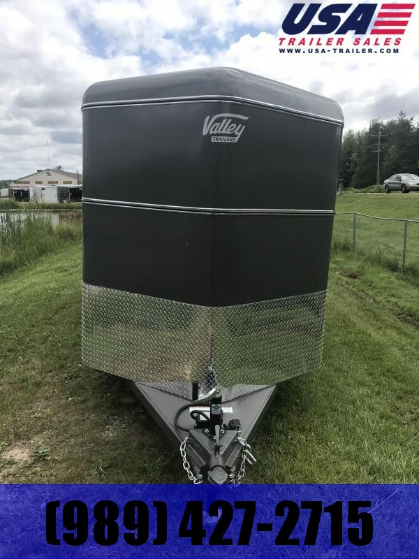 2020 Valley Trailers 26016 16' STOCK Livestock Trailer