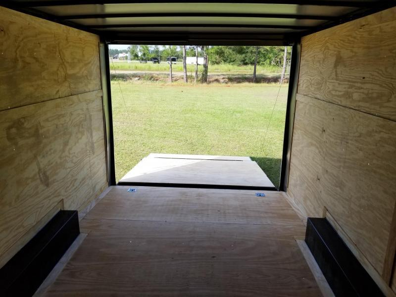 New 8.5x20 5200lb Enclosed Car Hauler Rock Solid Cargo