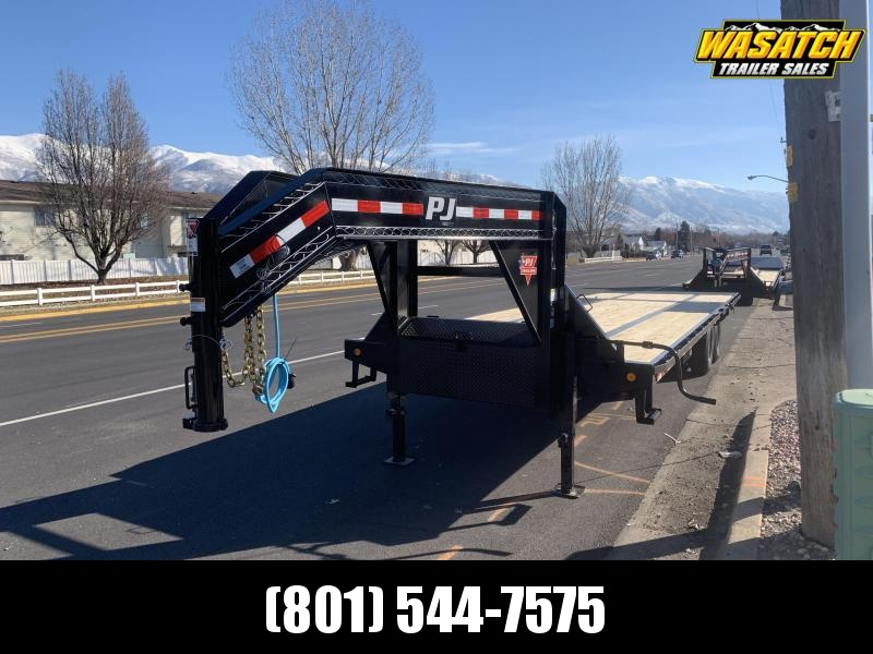 2020 PJ Trailers 32' - Low-Pro with Hydraulic Dove (LY) Flatbed Trailer