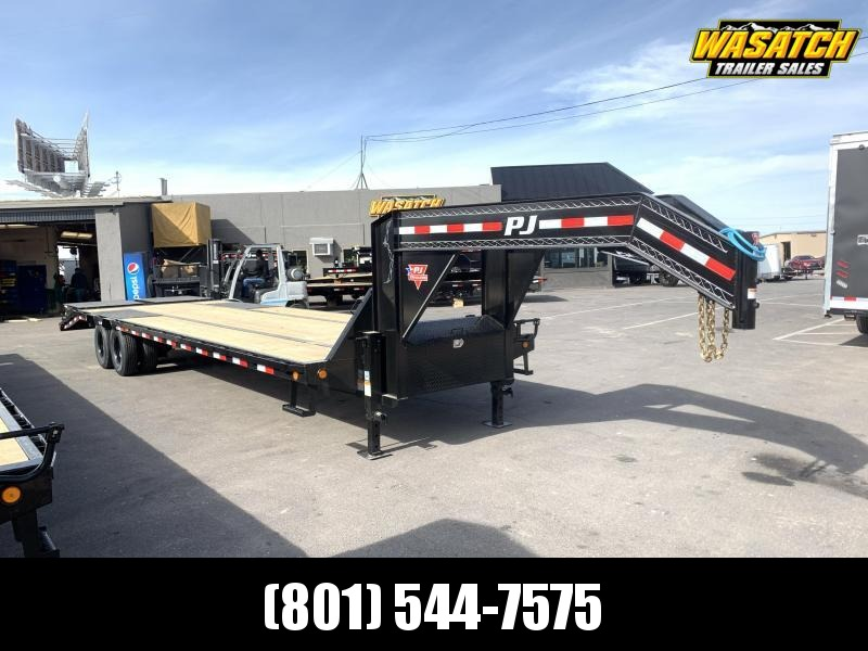 PJ 32' Low-Pro Flatdeck with Duals (LD)