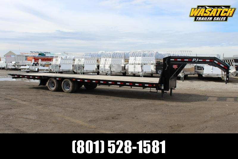 PJ Trailers 8.5x32 Low-Pro With Hydraulic Dove (LY) Flatbed Trailer