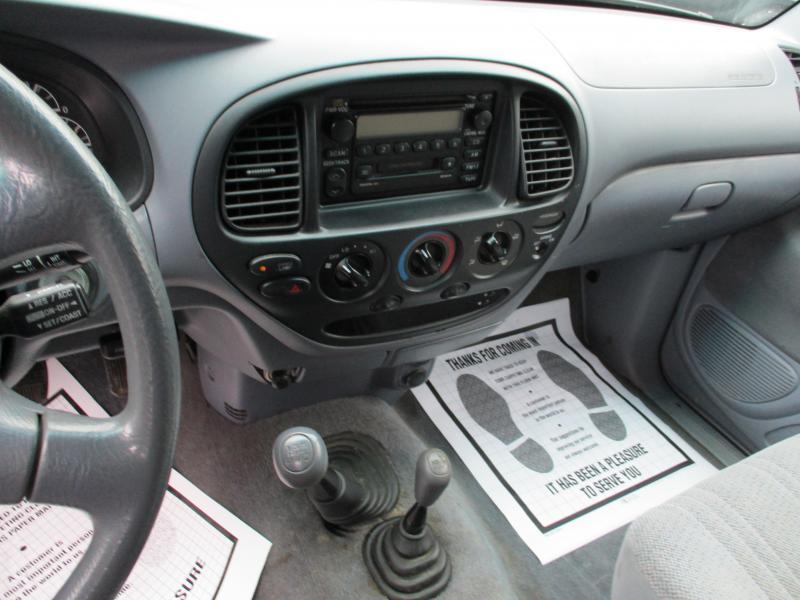2002 Toyota TUNDRA SR5 4X4 Truck