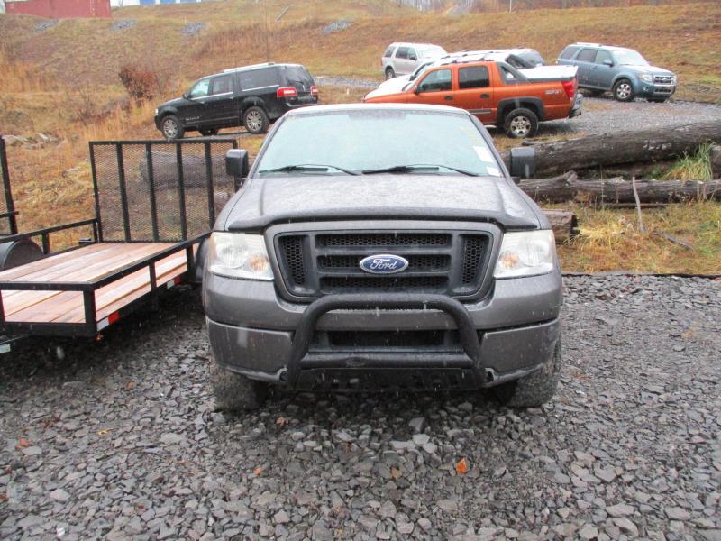 2004 Ford F150 STX 4X4 Truck