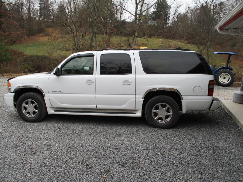 2004 GMC YUKON XL 1500 DENALI SUV