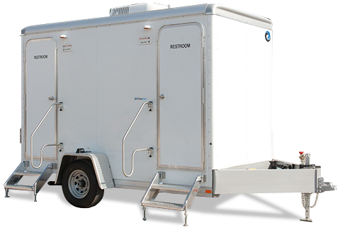 104 WC Narrow Body Compact 4 Stall Shower Trailer
