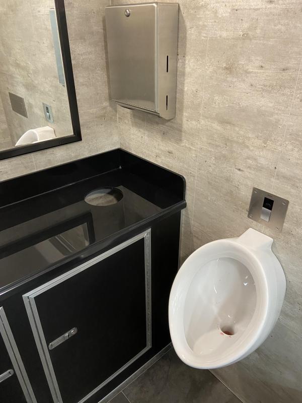 102 DLX 2 Stall Restroom Trailer