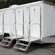 103 WC 3-Stall Restroom Trailer