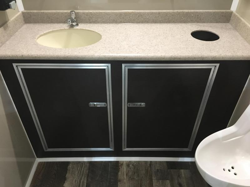 102 FR 2 Stall Restroom Trailer