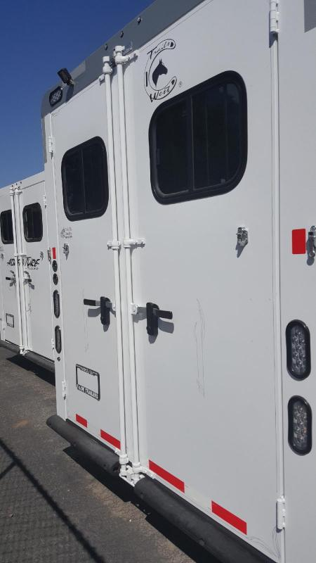 2019 Trails West SEIRRA II    3 Horse Trailer