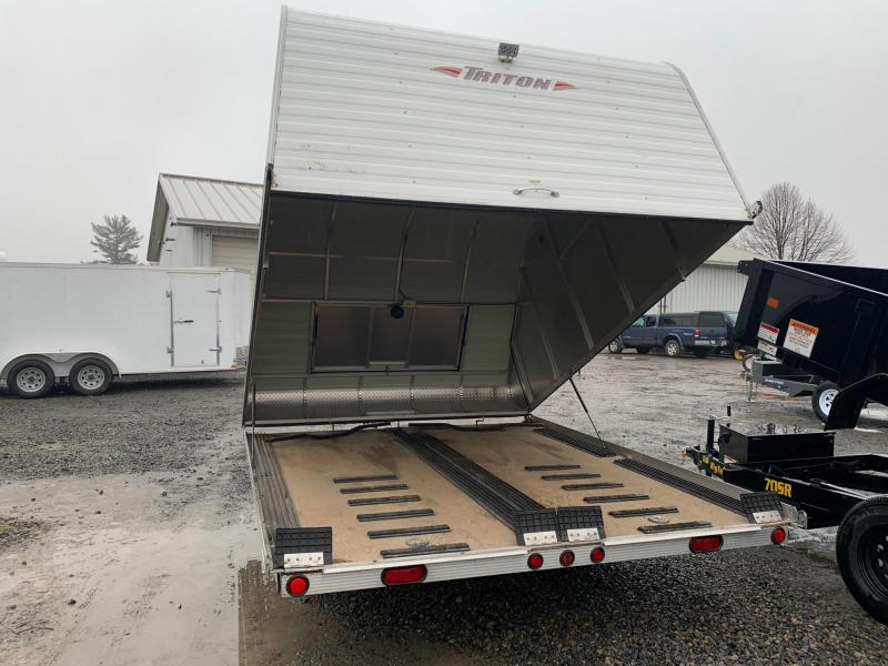 2011 Triton 10' Clam Shell Tilt Snowmobile Trailer