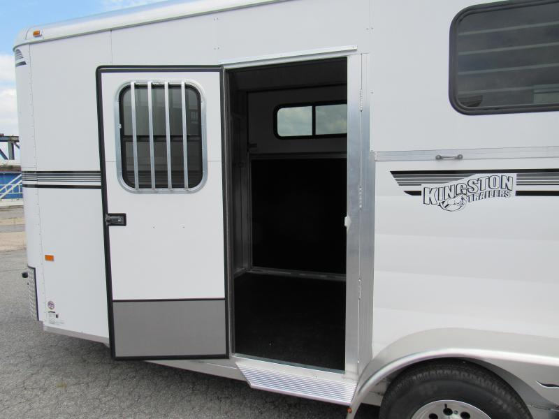 2020 Kingston Trailers Inc. Newport Classic W/Drss Horse Trailer