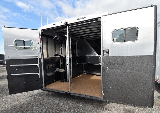 2020 Logan Coach 810 Limited Horse Trailer