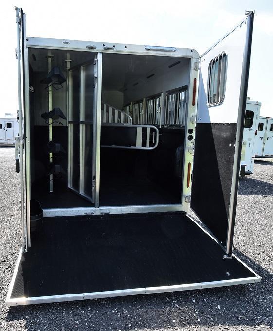 2016 Merhow Trailers 8412 Alumastar Horse Trailer