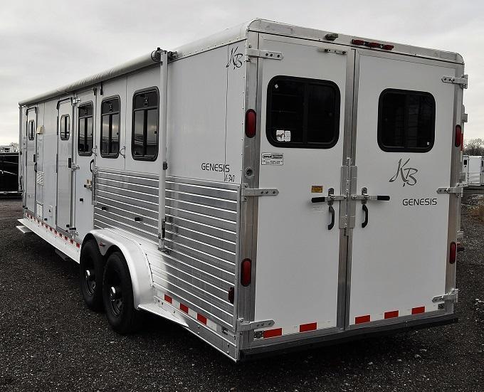 2001 Keifer Built Genesis X340 w/Midtack Horse Trailer