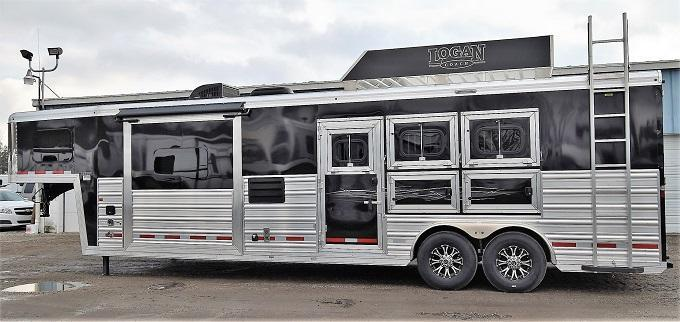 2020 Logan Coach 812 Select Horse Trailer