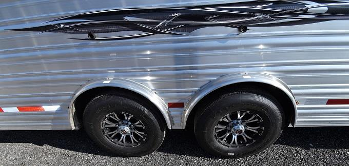 2020 Logan Coach Riot Double Door Side Tack Trainer Horse Trailer