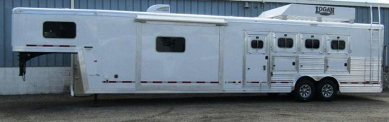 2019 Logan 814 Limited 4-Horse Trailer w/ Riser Wall Sofa
