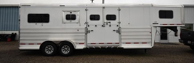 2020 Logan Coach Warmblood 21 Horse Trailer