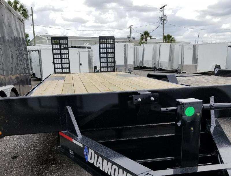 "Diamond C Trailers DEC207 20'x102"" Deckover Equipment Trailer Dovetail Heavy duty Ramps 26'x102"