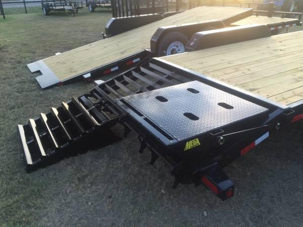 Big Tex 22GN 20'+5' Gooseneck Tandem Dual Equipment Hauler Trailer 30' Gooseneck Trailer