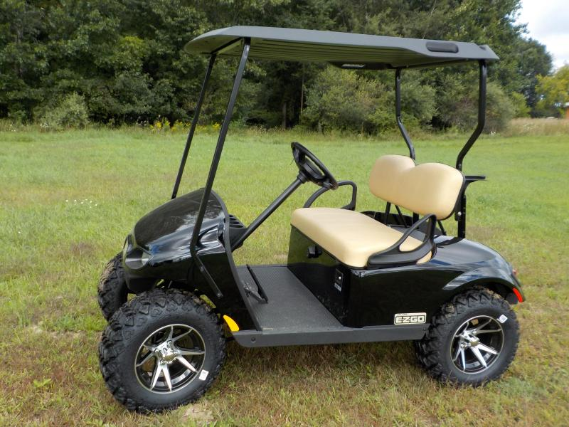 2019 E-Z-GO TXT Valor Gas Carb Golf Cart