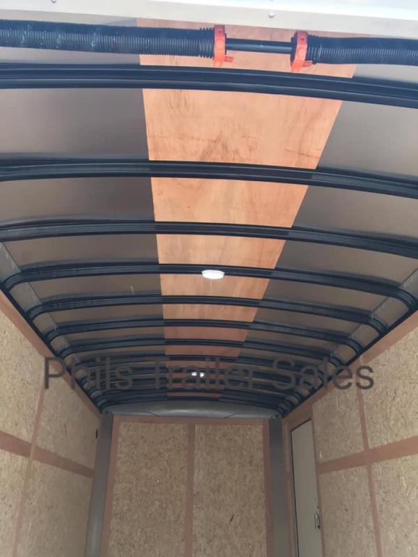 7X16 7FT INTERIOR  sCREWLESS  Wells Cargo ROAD FORCE