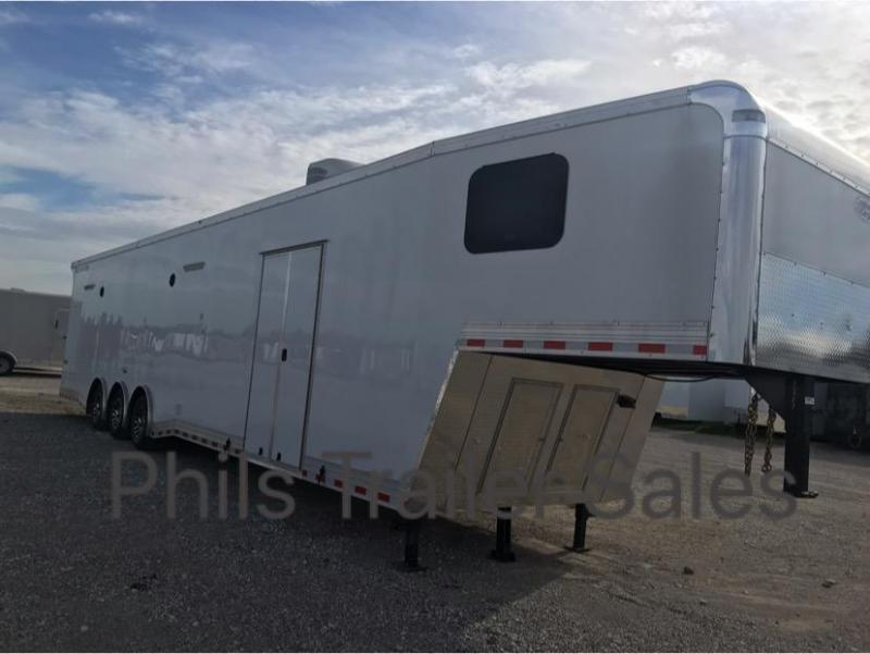44 Bathroom Continental Trailers AUTOMASTER Car / Racing Trailer