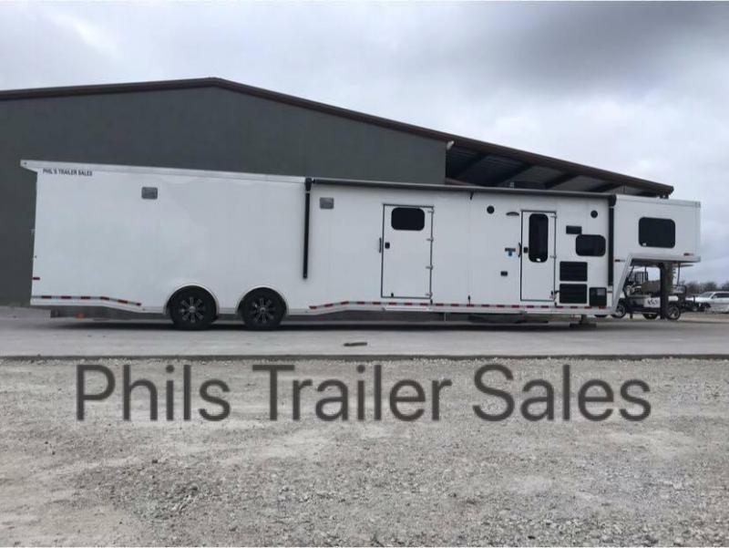 2019 Sundowner Trailers LIVING QUARTERS Car / Racing Trailer