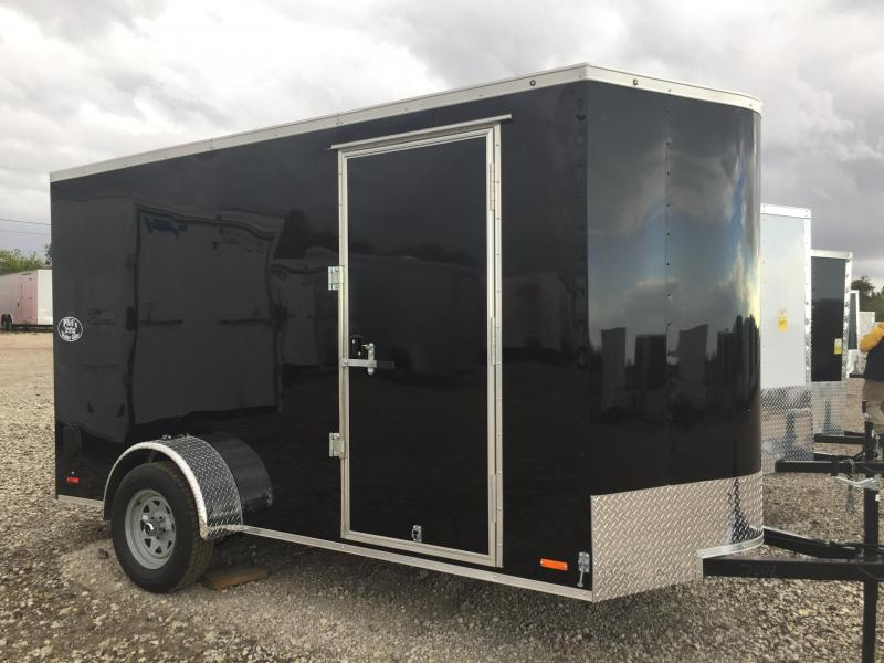 ENCLOSED TRAILER SEMI SCREWLESS  6x12 v nose ramp Cargo / Enclosed Trailer