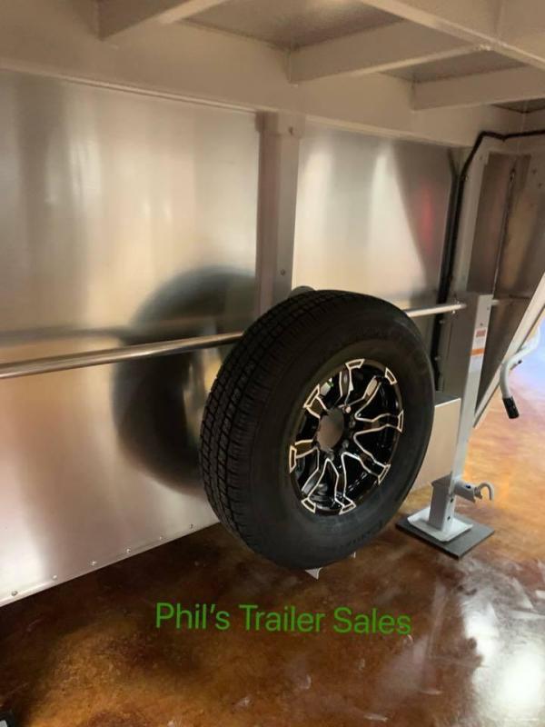 2020 Sundowner Trailers 38 ft All Aluminum Race trailer enclosed trailer Car / Racing Trailer