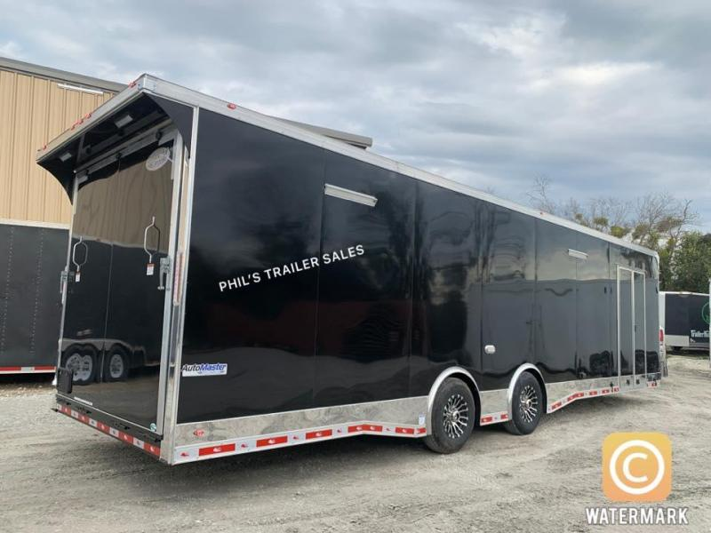 32' TANDEM SPREAD ENCLOSED RACE TRAILER  Continental Cargo AutoMaster RACE  Car / Racing Trailer