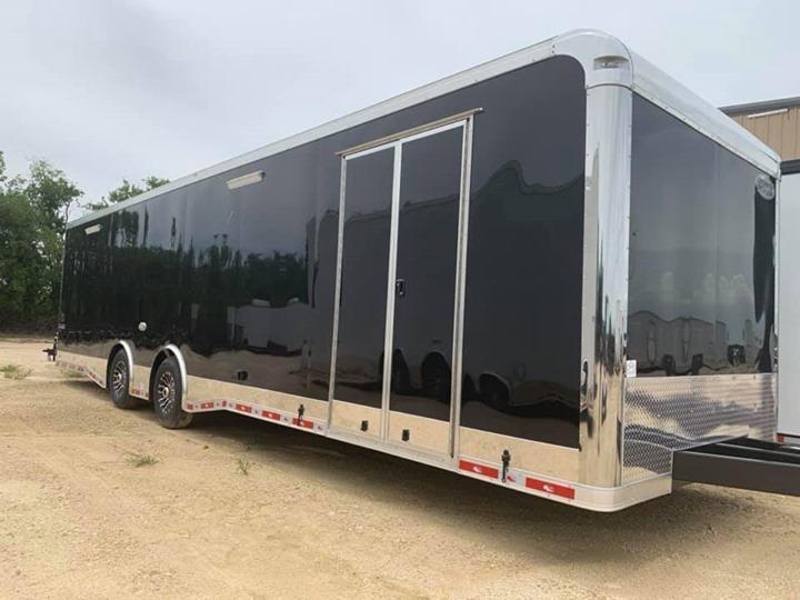 32' TANDEM SPREAD ENCLOSED RACE TRAILER  Continental Cargo AutoMaster RACE  Car / Racing Trailer