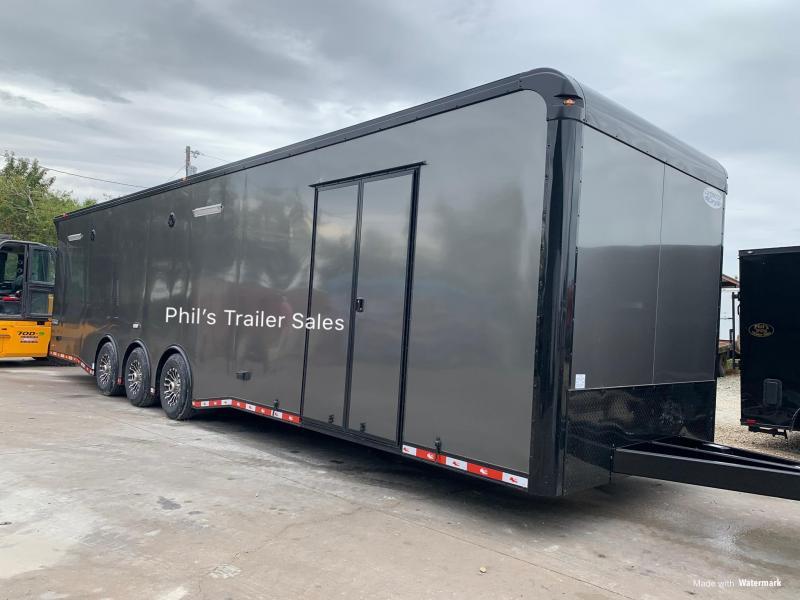 34 Continental Cargo ENCLOSED RACE TRAILER   Car / Racing Trailer