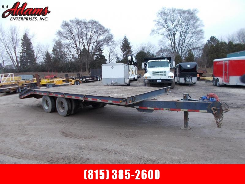 1989 Dynaweld Equipment Trailer