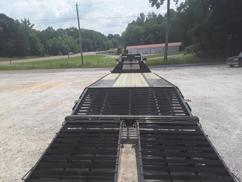 "2019 Load Trail 102"" X 25' Gooseneck Flatbed Trailer W 10000 Lb Axles"