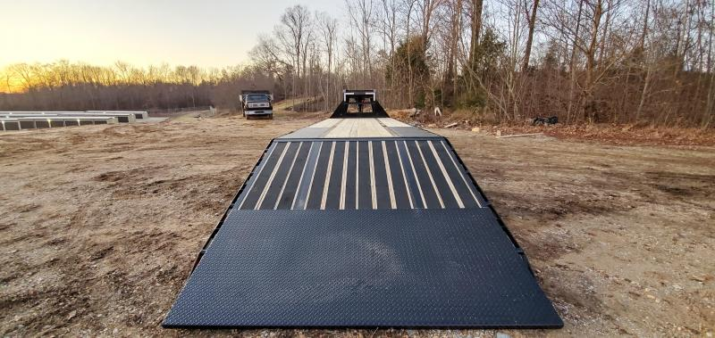 "2020 Load Trail 32' x 102"" Blackwood on Dove Flatbed Trailer"